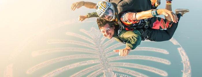 Skydive Dubai Palm Drop Zone is one of Alanさんのお気に入りスポット.