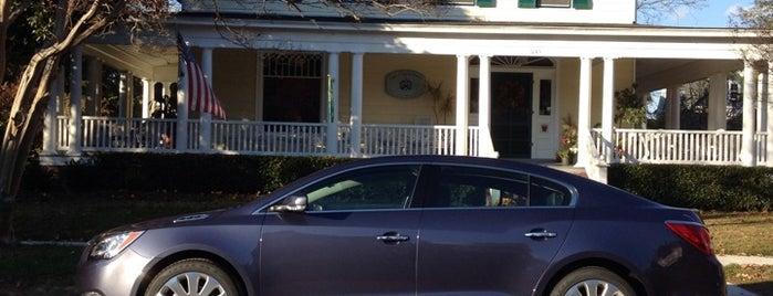 Cape Charles House B & B is one of Orte, die Lisa gefallen.