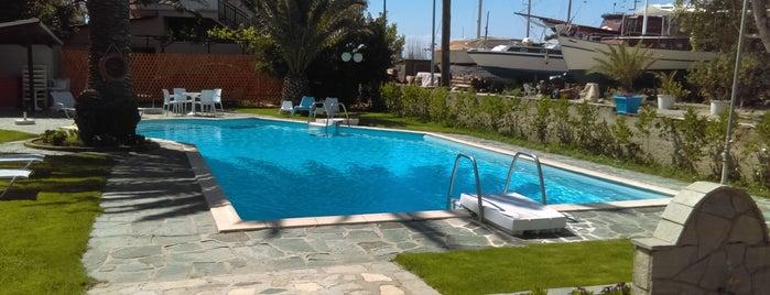 Hotel Elektra is one of Lugares favoritos de Lamprianos.