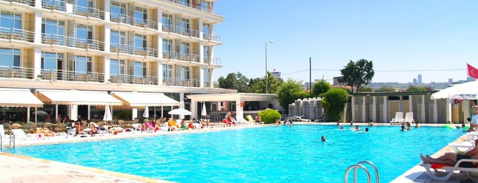 Pelikan Otel is one of Bitti.