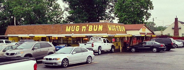 Mug 'N Bun is one of Posti salvati di Dana.