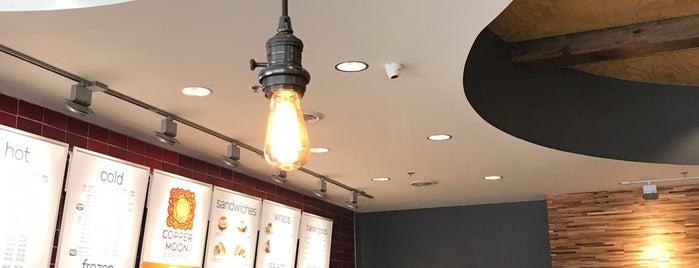 Copper Moon World Cafe is one of Locais curtidos por Brandon.