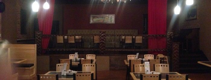 Tony V's Tavern is one of Lieux qui ont plu à Josh.