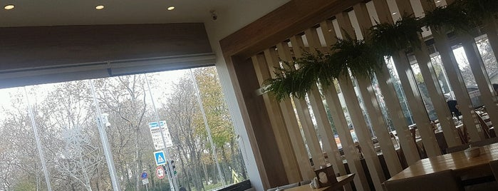 Florya Köroglu Restaurant is one of Lugares guardados de Ayse.