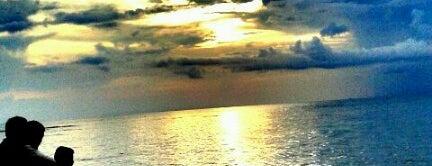 Pantai Senggigi is one of Destination In Indonesia.
