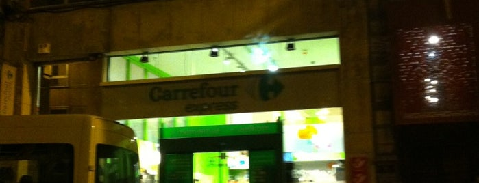 Carrefour express is one of Posti che sono piaciuti a Kenneth.