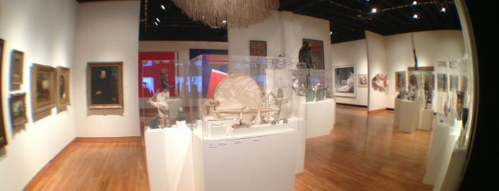 Roberson Museum and Science Center is one of NYC-Toronto Road Trip.