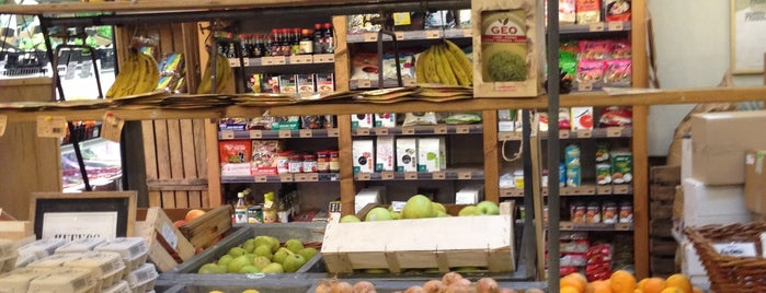 Woki Organic Market - Gracia is one of Bcn Food.