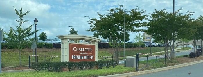 Charlotte Premium Outlets is one of Gittiğim Yerler.