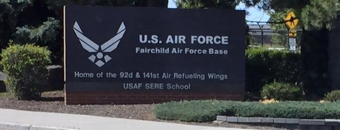 Fairchild Air Force Base is one of สถานที่ที่ Michael ถูกใจ.