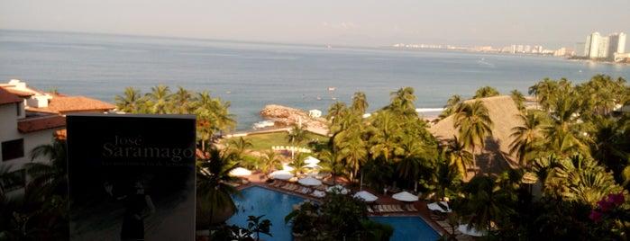 Sheraton Buganvilias Resort & Convention Center is one of Orte, die Karina gefallen.