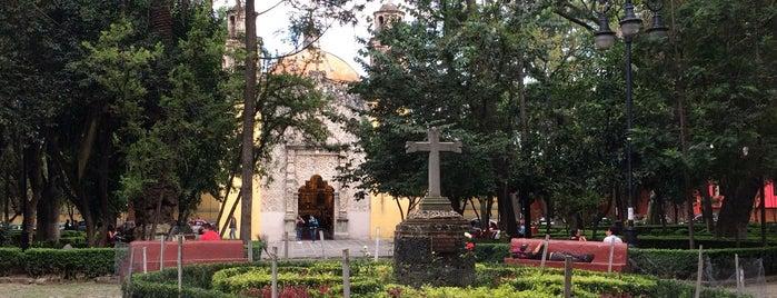 Plaza de la Conchita is one of Orte, die Karina gefallen.