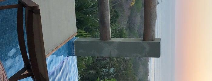 Hotel Casa Chameleon is one of Locais curtidos por James.