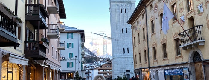 Cortina d'Ampezzo is one of Italy.