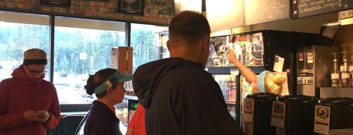 Trailhead Cafe is one of Krista'nın Beğendiği Mekanlar.