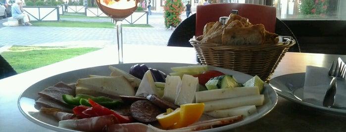 BorNeo Jazz & Wine is one of Borbár / Wine bar.