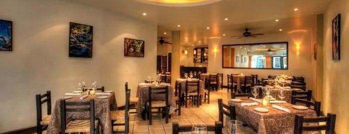 Bravos Restaurant Bar is one of Puerto Vallarta To-Do.