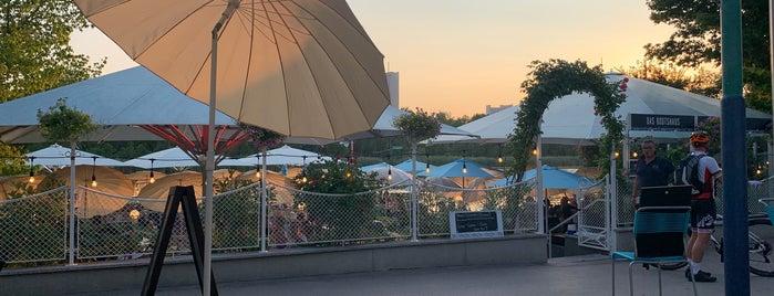 Das Bootshaus – Café Landtmann Alte Donau is one of Dinner.