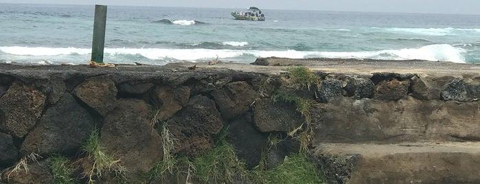 Puako Beach is one of HI spots.