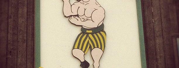 Bulldog Saloon is one of Posti che sono piaciuti a Jordan.