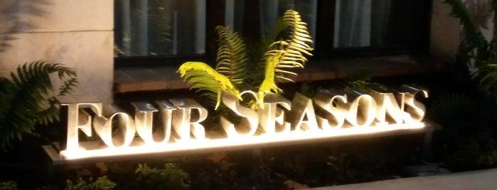 Four Seasons Hotel Casa Medina Bogotá is one of BoutiqueHotels.