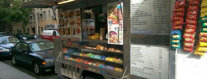 Herm's Box Food Truck is one of SV'ın Beğendiği Mekanlar.