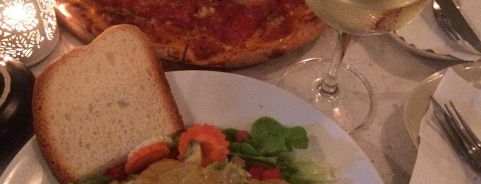 Locco's PizzaBar is one of Ko phangan - Coisas para fazer.