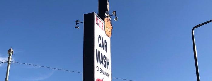 Ute Car Wash is one of สถานที่ที่ Jane ถูกใจ.