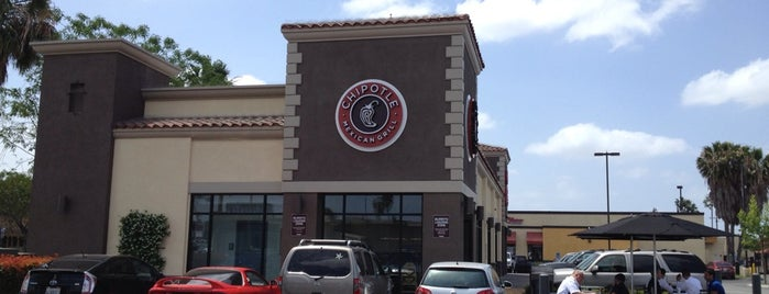Chipotle Mexican Grill is one of Locais curtidos por Tamas.