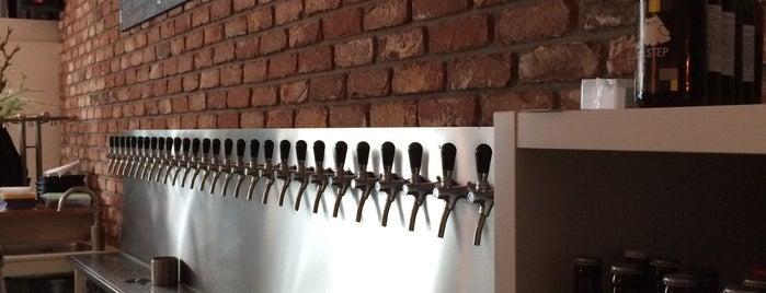 Uiltje Bar is one of Dutch Craft Beer Bars.