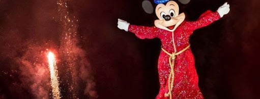 Fantasmic! is one of Posti che sono piaciuti a M..