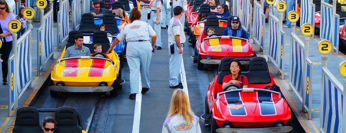 Tomorrowland® Speedway is one of Lieux qui ont plu à M..