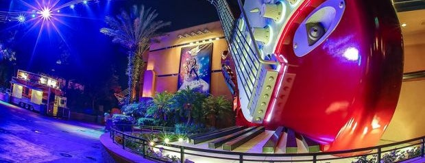 Rock 'n' Roller Coaster Starring Aerosmith is one of Lieux qui ont plu à M..