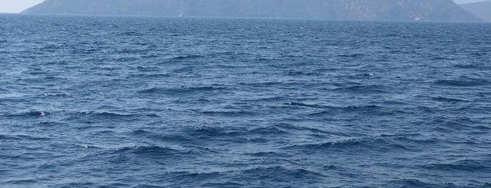 Şeytan Adası is one of deniz,kum,güneş veeee. ... sıcak.