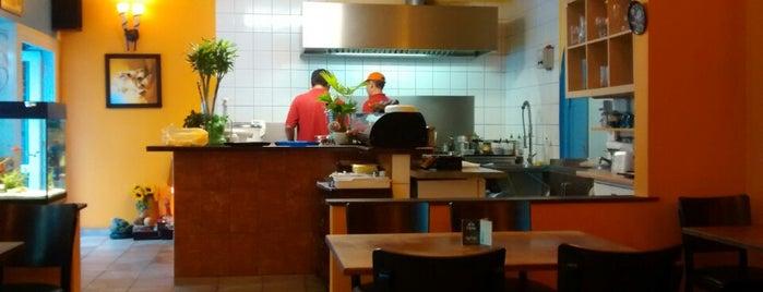 Restaurant Thai Hang is one of Posti che sono piaciuti a larsomat.