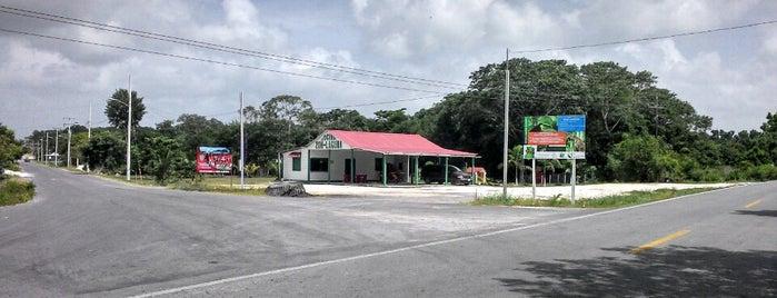 Zoh laguna is one of สถานที่ที่ Andy ถูกใจ.
