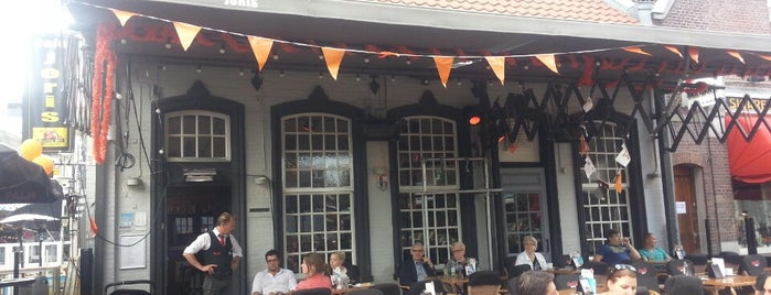 Cafe Joris is one of สถานที่ที่ President ถูกใจ.