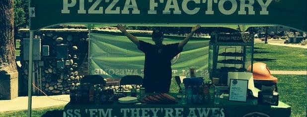Pizza Factory Minden is one of Greg : понравившиеся места.