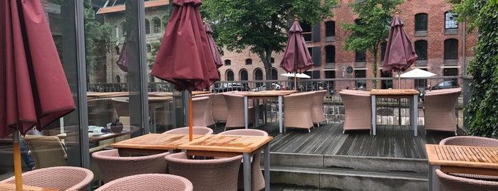Canoe - Restaurant, Café, Galerie is one of Lugares guardados de marnie.