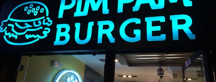 Pim Pam Burger is one of Almost Locals em Barcelona.