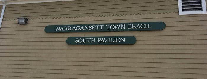 South Pavillion, Narragansett Beach is one of Posti che sono piaciuti a John.