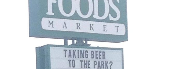 Whole Foods Market is one of Angel 님이 좋아한 장소.