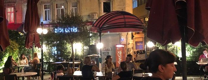Nola Restaurant Istanbul is one of Lieux qui ont plu à Özgür.