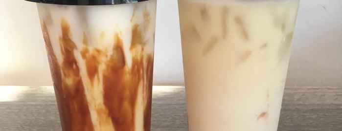 CAFFE:iN is one of Locais salvos de Michele.