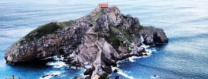 Ermita de San Juan de Gaztelugatxe is one of So much to see!.