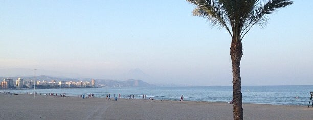 Playa de Muchavista is one of Locais salvos de Daniel.