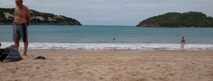 Praia da Ferradura is one of Orte, die Luísa gefallen.