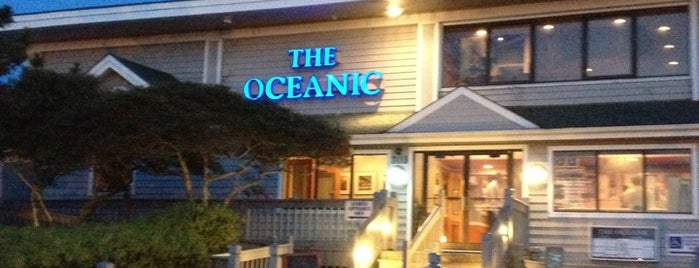 The Oceanic Restaurant is one of Lugares favoritos de Christa.