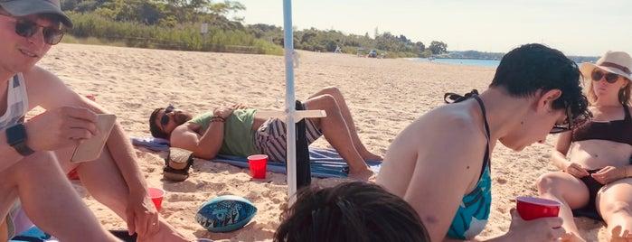 Haven's Beach is one of Lugares favoritos de Julie.