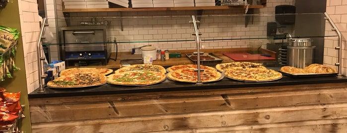Viga Italian Eatery & Caterer is one of Orte, die Marcus gefallen.